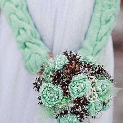 40 Cozy Knitted Details For Your Wedding