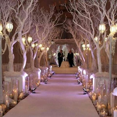 35 inspiring winter wedding aisle decor ideas for Aisle decoration for wedding
