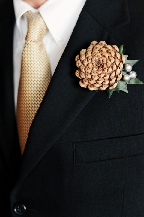 25 Winter Wedding Boutonnieres For Every Groom
