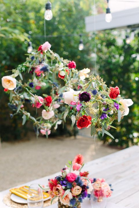 9 DIY Fresh Flowers And Greenery Chandeliers