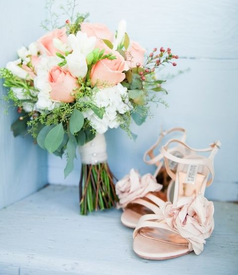 40 Delicate Peach And Ivory Wedding Ideas | HappyWedd.com