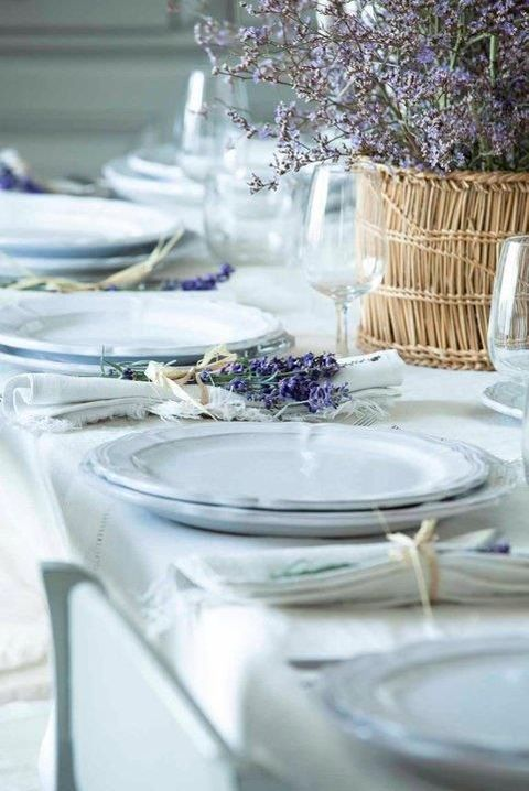 spring_table_89