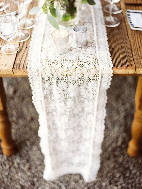 table_runner_07