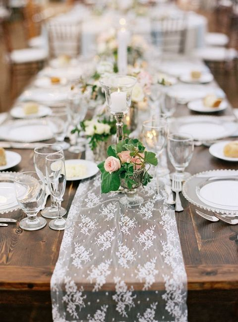 table_runner_09