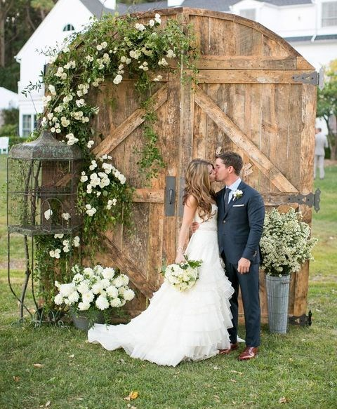 55 Vintage Door Wedding Backdrops & 55 Vintage Door Wedding Backdrops | HappyWedd.com