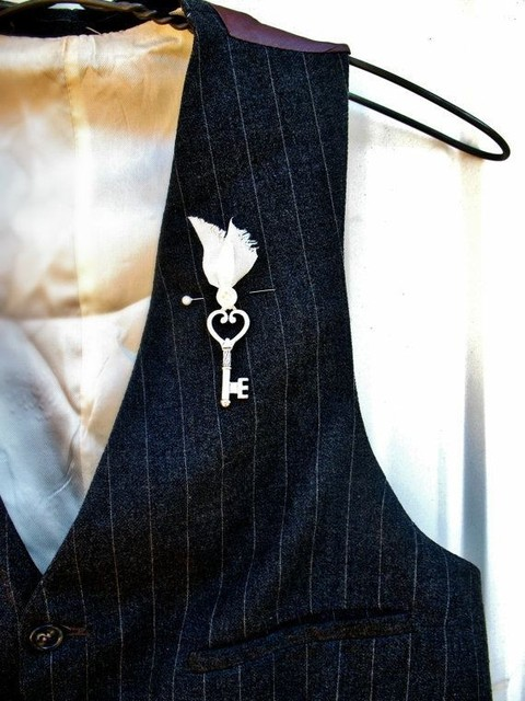 unique_boutonniere_20