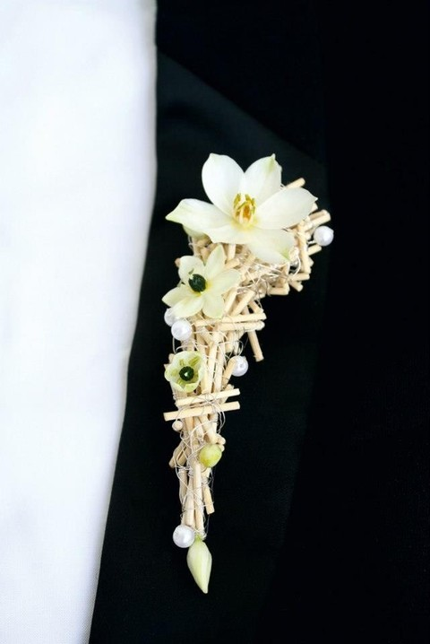 unique_boutonniere_32