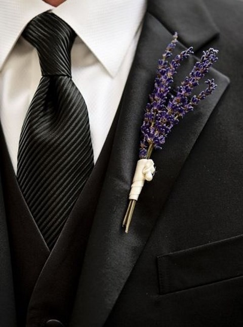 unique_boutonniere_46