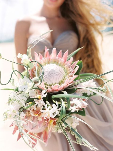 accessories bouquets trendy protea wedding ideas rock