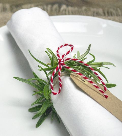 24 Awesome DIY Napkin Rings For Your Wedding Tables HappyWeddcom