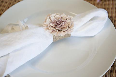 via stumbleuponcom - Wedding Napkin Rings