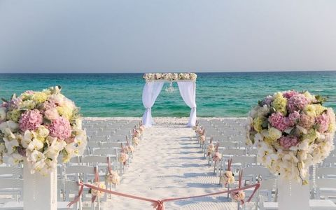 45 beach wedding aisle decor ideas happywedd by chloe junglespirit Image collections