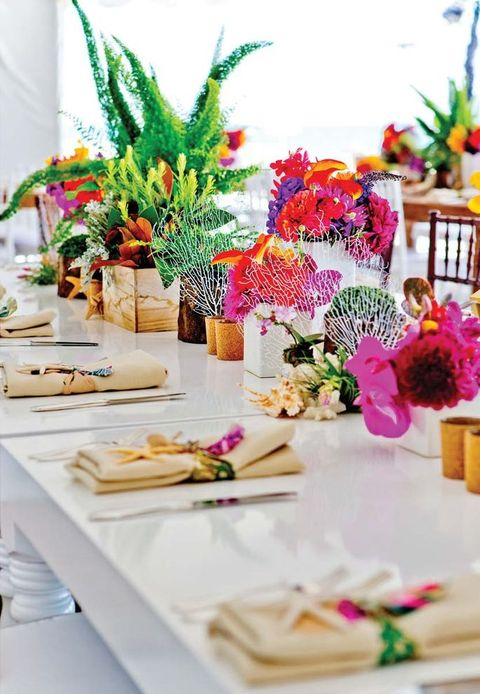 57 Cheerful Tropical Wedding Table Settings