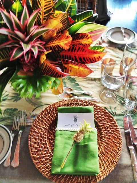 tropical_table_06