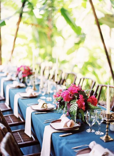 tropical_table_34