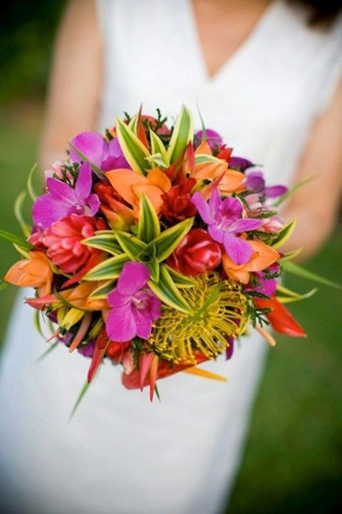 Bridal Bouquet Tropical Flowers : Bright tropical wedding bouquets happywedd