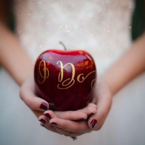 63 Ideas To Incorporate Apples Into Your Wedding