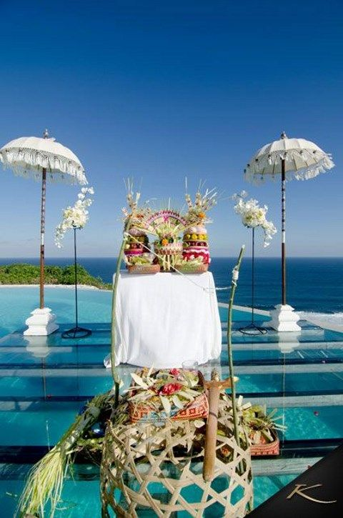 Real paradise 57 bali destination wedding ideas for Bali wedding decoration ideas