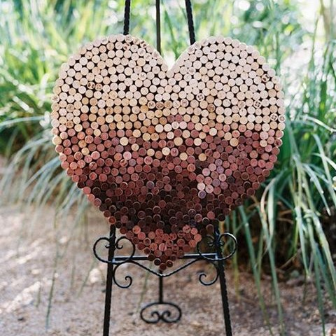 35 Original And Budget-Savvy Wine Cork Wedding Ideas