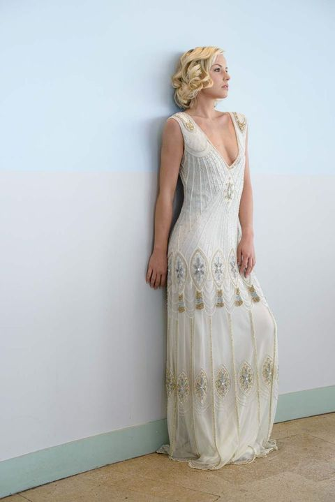 48 gorgeous art deco bridal gowns that wow for Art deco wedding dresses