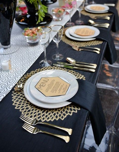 27 chic art deco wedding table settings. Black Bedroom Furniture Sets. Home Design Ideas