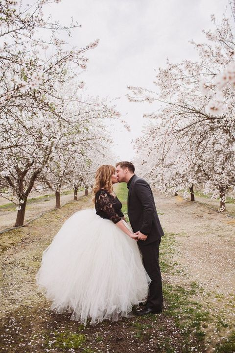 blooming_orchard_wedding_34