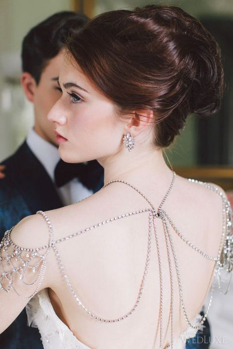 shoulder_jewelry_16