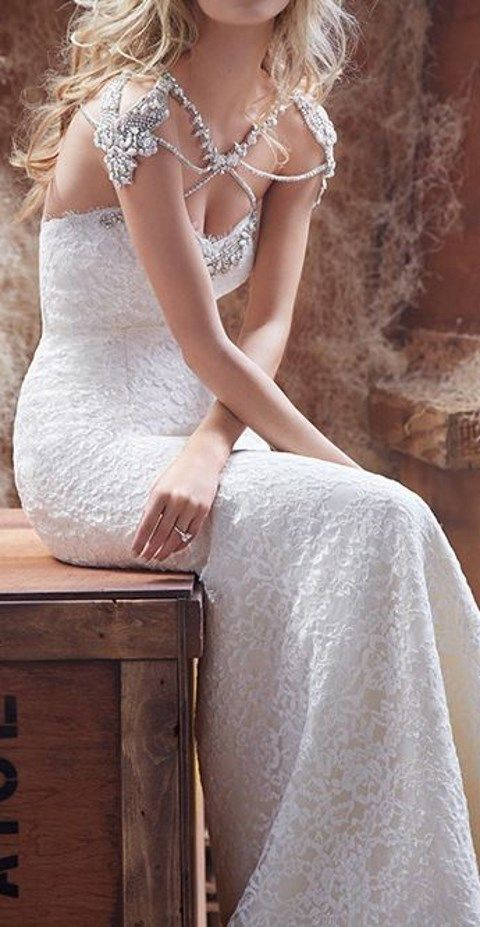 32 Trendy Bridal Shoulder Jewelry Ideas HappyWeddcom