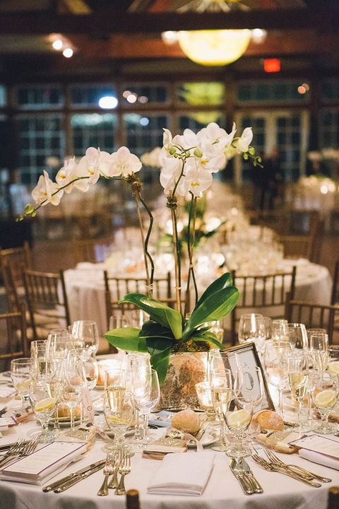 37 Art Deco Wedding Centerpieces That Inspire