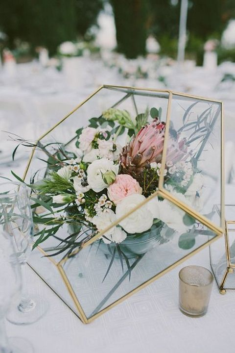 art_deco_centerpiece_07