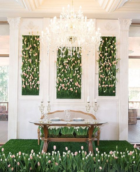 How To Incorporate Tulips Into Your Wedding: 52 Ideas
