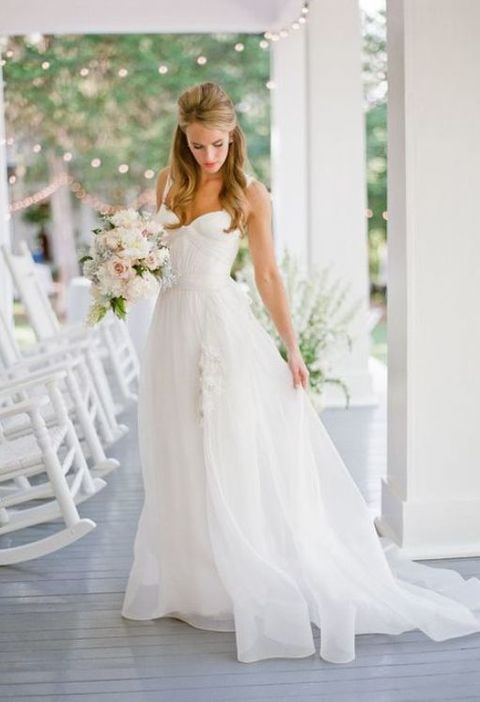 60 romantic and airy flowy wedding dresses for Plus size flowy wedding dresses