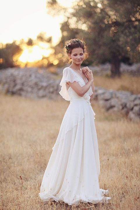 60 romantic and airy flowy wedding dresses for Flowy wedding dress with sleeves