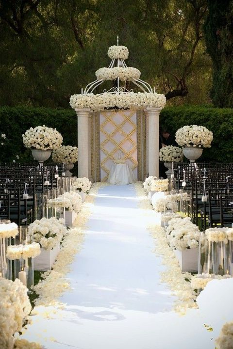 24 Art Deco Wedding Arches And Ceremony Backdrops