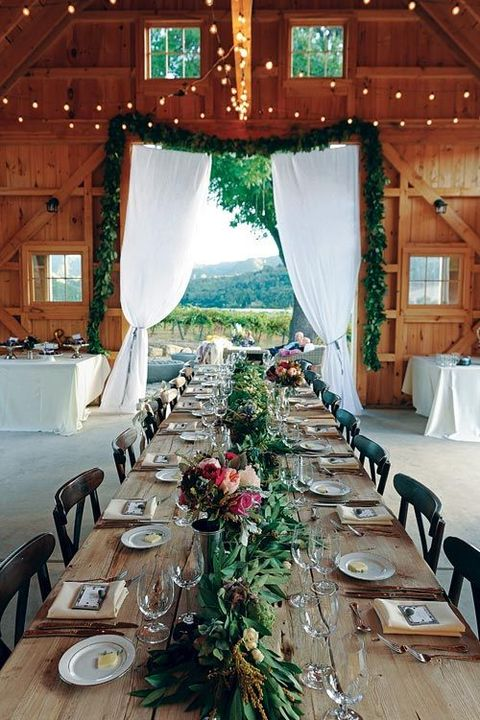 61 Cozy And Charming Barn Wedding Table Settings | HappyWedd.com