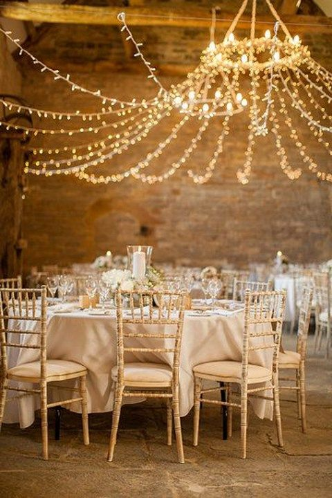 barn_wedding_lights_04