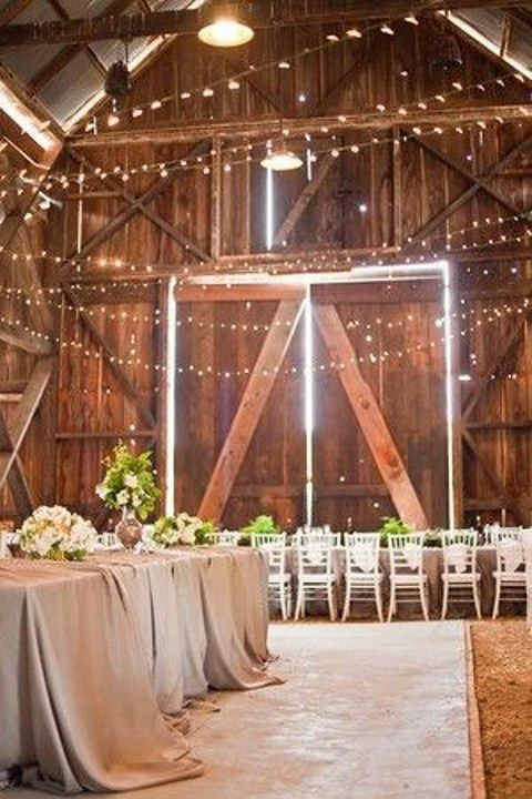 barn_wedding_lights_16