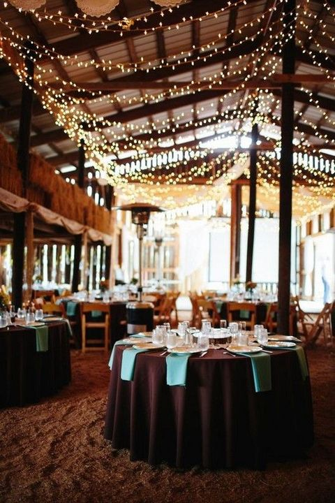 barn_wedding_lights_22