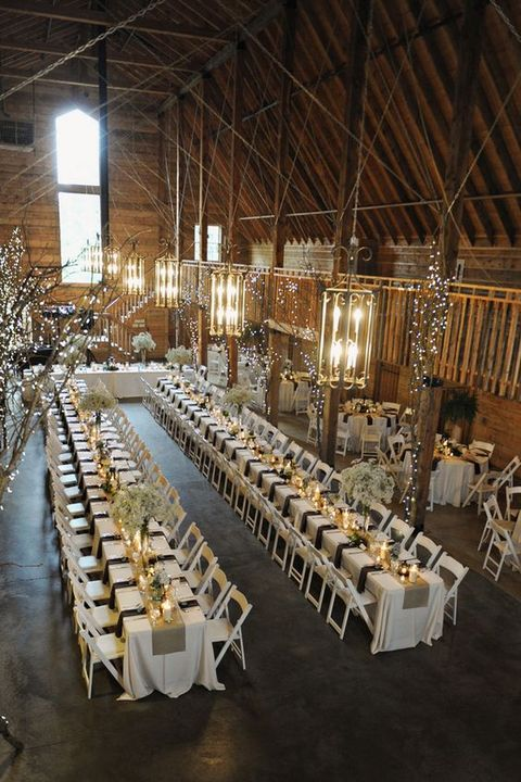 barn_wedding_lights_24