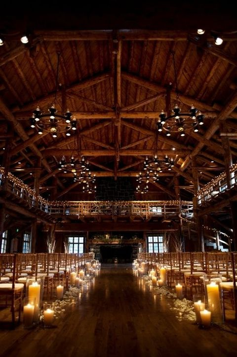 barn_wedding_lights_27