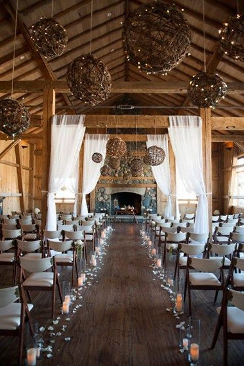 barn_wedding_lights_28