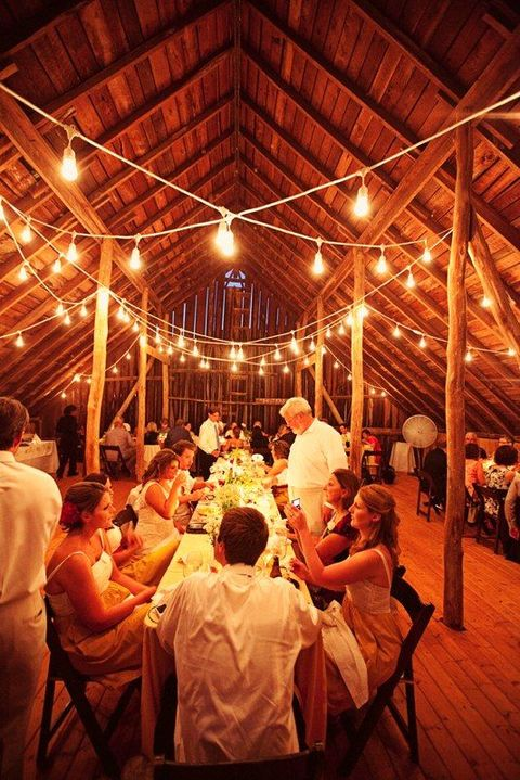 barn_wedding_lights_29