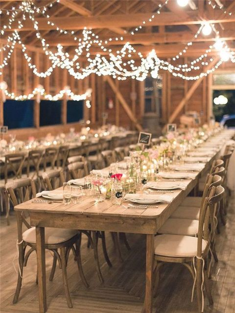 barn_wedding_lights_33