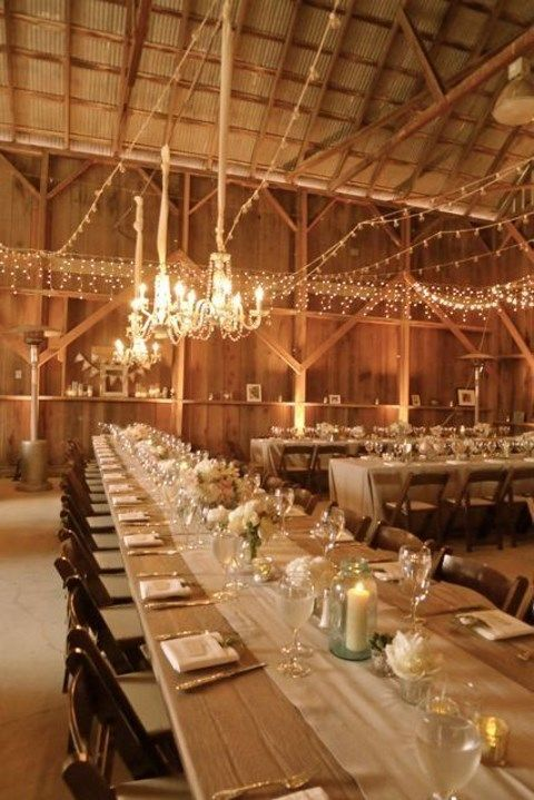 barn_wedding_lights_42