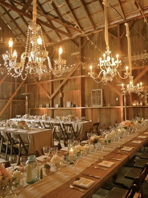 barn_wedding_lights_45