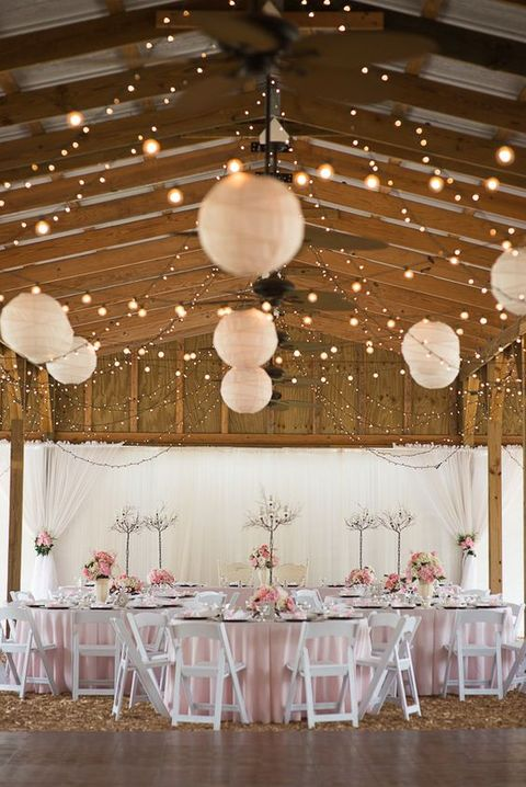 barn_wedding_lights_47