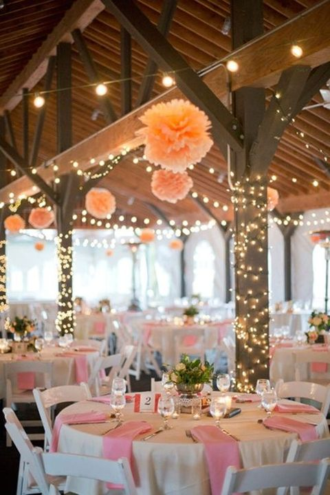 barn_wedding_lights_50