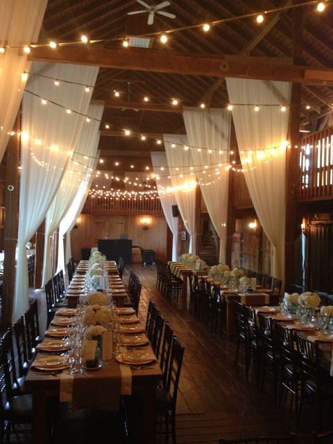 barn_wedding_lights_53