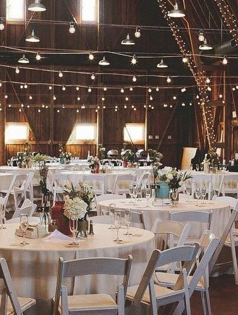 barn_wedding_lights_55