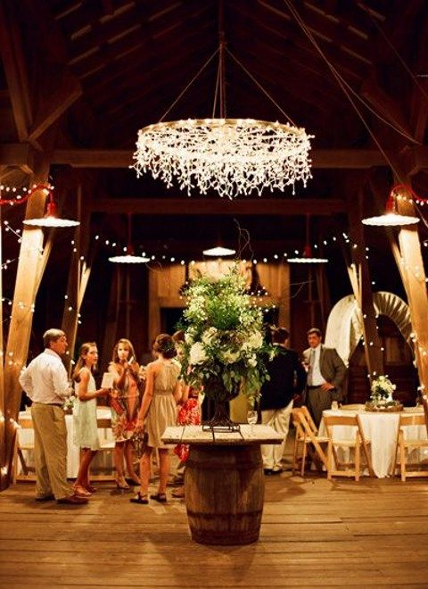 barn_wedding_lights_66